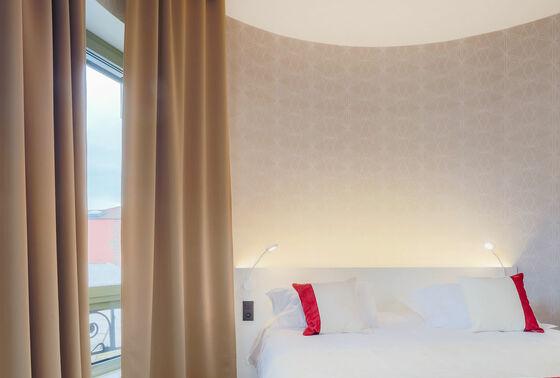 Hotel Panorama 360, Mâcon - France