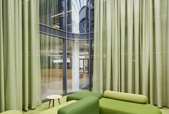 Acoustic sheers minimize sound disturbance in the new BYK Chemie office building
