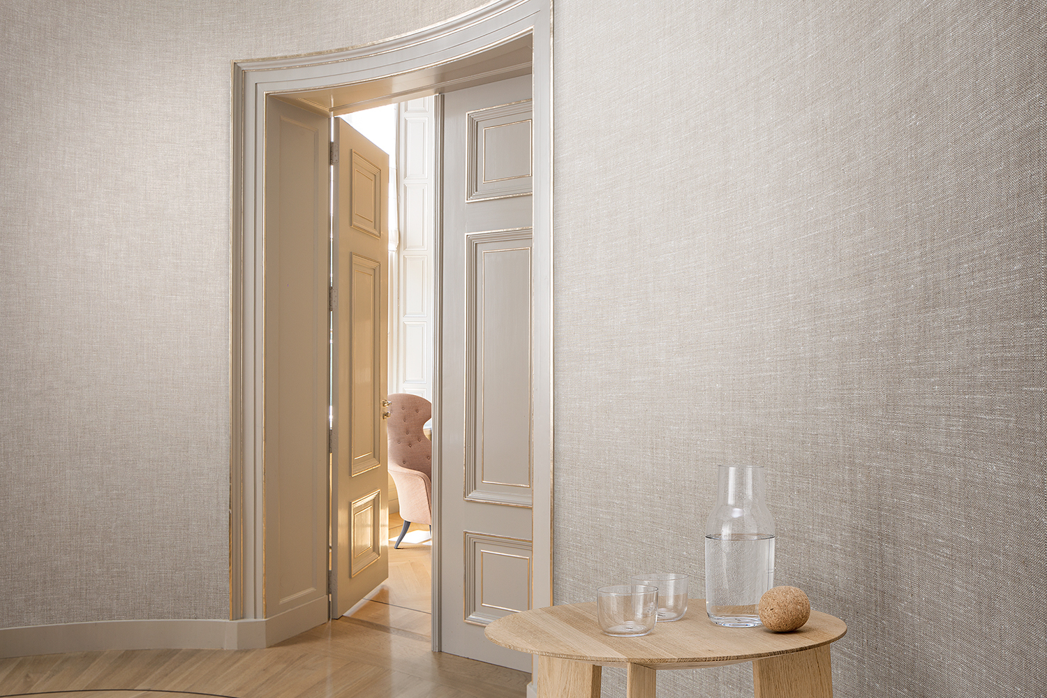 Wall covering 85