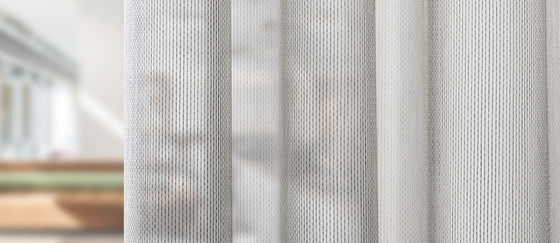 close-up cortina acústica y transparente Corsica