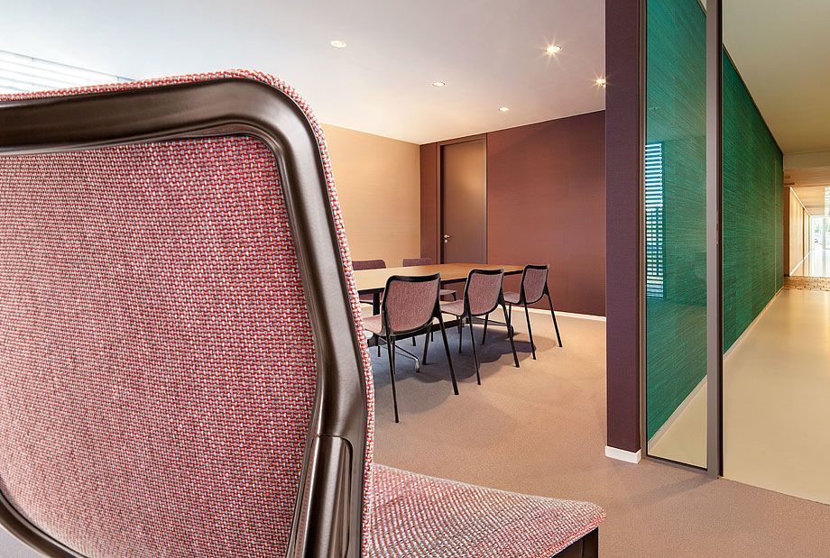Vescom's Hestan upholstery on chairs for the workspace