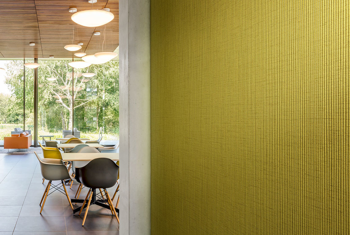 Vinyl wallcovering design Onari has the appearance of fabric with all the low-maintenance qualities of vinyl