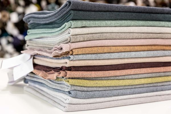 Möbelstoff Noss in verschiedene Farbvarianten