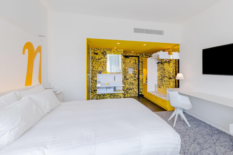 Kamer in Hotel NHOW Marseille met digitaal geprinte wandbekleding