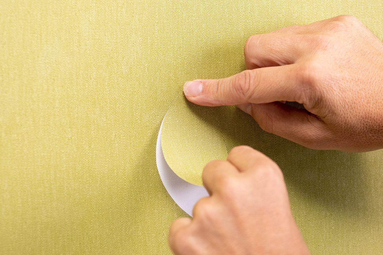 reparatie vinyl wandbekleding