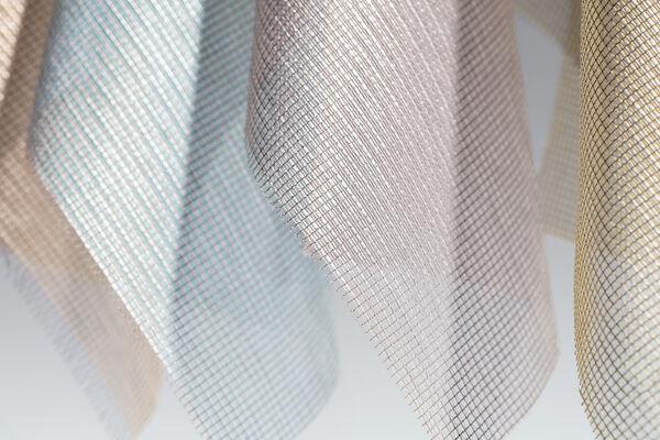 Close up transparente akoestische gordijnstof