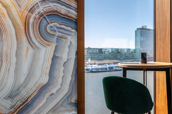 customized digital printed wallcovering applied on a cruise ship